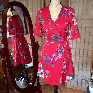 NWT Old Navy Floral Hawaiian Wrap Dress Sz XS
